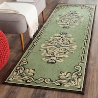 Safavieh Hand-hooked Easy to Care Sage/ Multi Rug - 2'6 x 10'