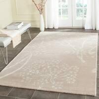 Safavieh Handmade Bella Sand/ Ivory Wool Rug - 5' x 8'