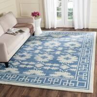 Safavieh Handmade Bella Blue/ Ivory Wool Rug - 6' x 9'
