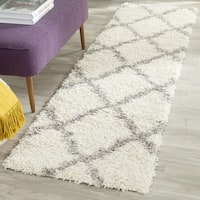 Safavieh Dallas Shag Ivory/ Grey Trellis Runner Rug - 2' 3 x 10'