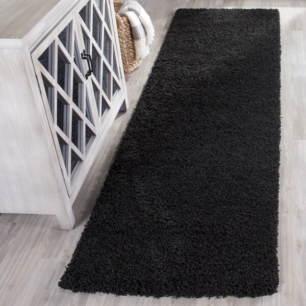 Safavieh Laguna Shag Black Rug (2'3 x 8')