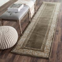 Safavieh Hand-hooked Total Perform Olive/ Ivory Acrylic Rug - 2' 3 x 9'