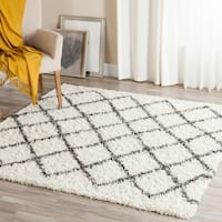 Safavieh Dallas Shag Ivory/ Dark Grey Trellis Rug - 6' Square