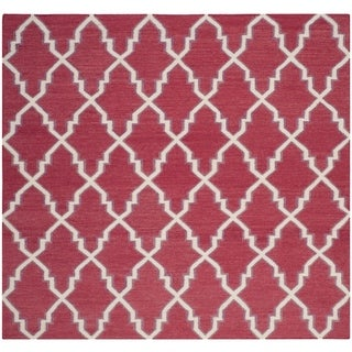 Safavieh Hand-woven Dhurries Red/ Ivory Wool Rug (8' Square)