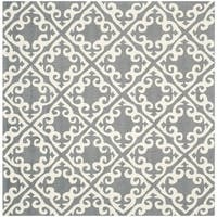 Safavieh Hand-hooked Easy to Care Grey/ Ivory Rug - 6' Square