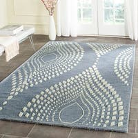Safavieh Handmade Bella Blue/ Ivory Wool Rug - 5' Round