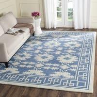 Safavieh Handmade Bella Blue/ Ivory Wool Rug - 5' Square