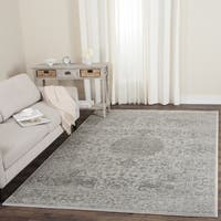 "Safavieh Carnegie Vintage Cream/ Dark Grey Distressed Rug - 5'1"" x 7'6"""