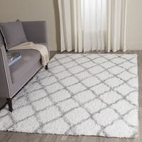 Safavieh Indie Shag Trellis Ivory/ Grey Polyester Rug - 5' 1 x 7' 6