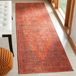 Safavieh Classic Vintage Overdyed Red Cotton Distressed Rug (2' 4 x 8')