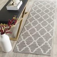 Safavieh Hand-Woven Montauk Grey/ Ivory Cotton Rug (2' 3 x 9') - 2'3 x 9'