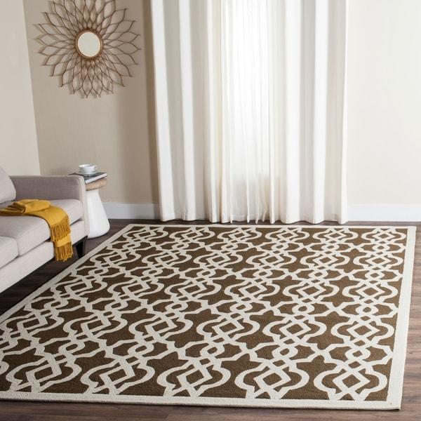 Safavieh Hand-Hooked Four Seasons Mocha/ Ivory Polyester Rug - 8' x 10'