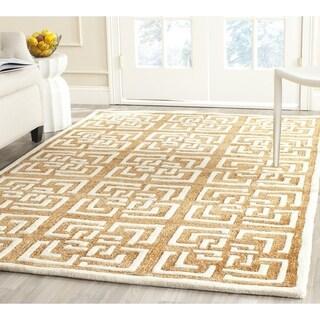 Safavieh Handmade Precious Camel Polyester Rug (5' Square)