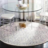 Safavieh Handmade Cambridge Silver/ Ivory Wool Rug - 9' x 9' round