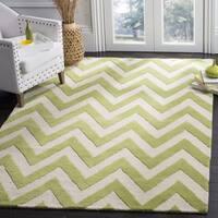 Safavieh Handmade Cambridge Green/ Ivory Wool Rug - 8' x 8' Square