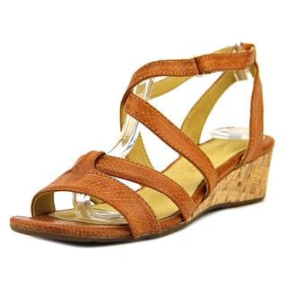 Bussola Style Women's 'Tampere' Leather Sandals
