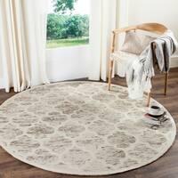 Safavieh Handmade Himalaya Light Brown/ Ivory Geometric Wool Rug - 6' x 6' Round