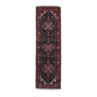 Fine Serapi Green/Red New Zealand Wool Rug (2'6 in. X 8'3 in. Runner)