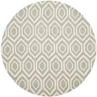 Safavieh Handmade Chatham Grey/ Ivory Wool Rug - 4' Round