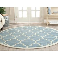 Safavieh Handmade Chatham Blue/ Ivory Wool Rug - 9' Round