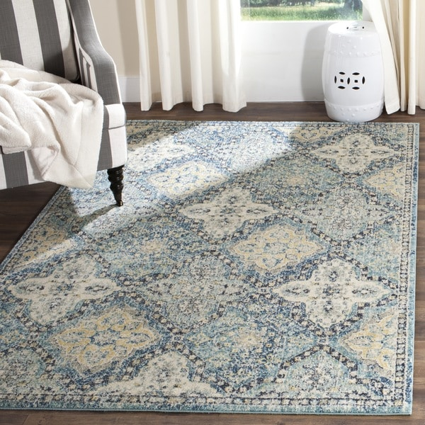Safavieh Evoke Vintage Light Blue Ivory Distressed Rug