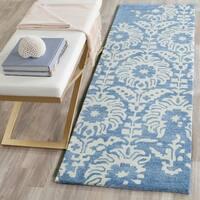 Safavieh Handmade Bella Light Blue/ Ivory Wool Rug - 2' 3 x 7'