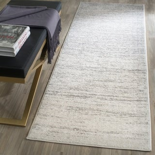 Safavieh Adirondack Vintage Ombre Ivory / Silver Runner Rug (2'6 x 16')