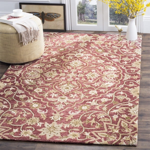 Safavieh Handmade Bella Rose/ Taupe Wool Rug - 8' x 10'