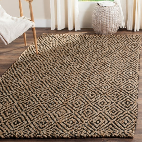 Safavieh Casual Natural Fiber Hand-Woven Natural / Black Jute Rug - 8' x 10'