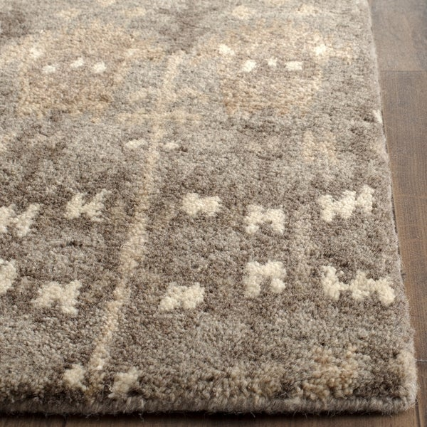 Safavieh Handmade Wyndham Natural/ Multi Wool Rug (2' 3 x 13')