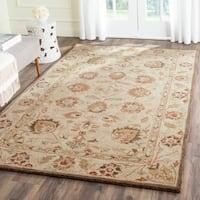 Safavieh Handmade Antiquity Beige/ Beige Wool Rug - 5' x 8'