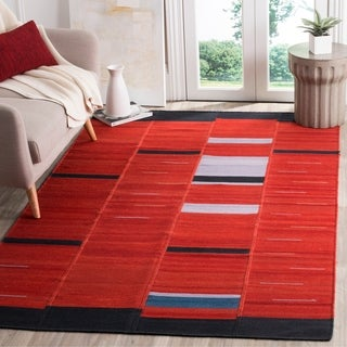 Safavieh Hand-Woven Kilim Red Wool Rug (5' x 8')