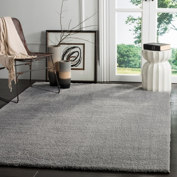 Safavieh Velvet Shag Light Grey Polyester Rug - 8' x 10'