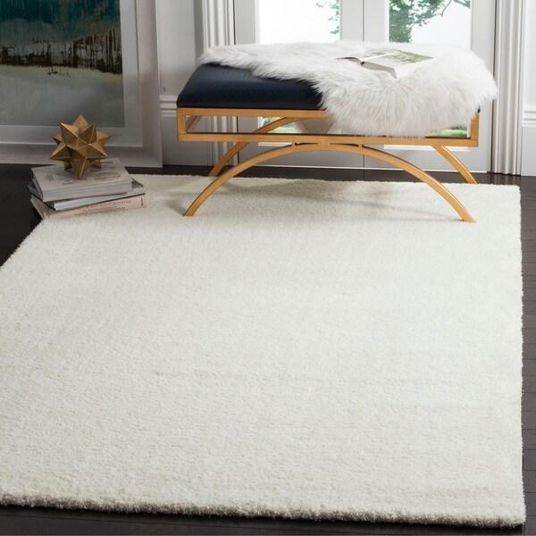 Safavieh Velvet Shag White Polyester Rug - 6'7 x 9'2