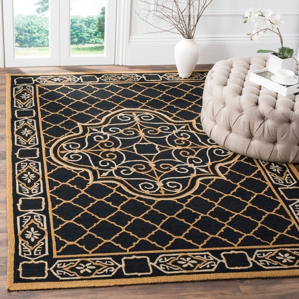 Safavieh Hand-hooked Easy to Care Black/ Gold Rug - 8' x 10'
