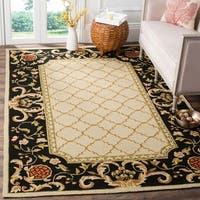 Safavieh Hand-hooked Easy to Care Ivory/ Black Rug (8' x 10')