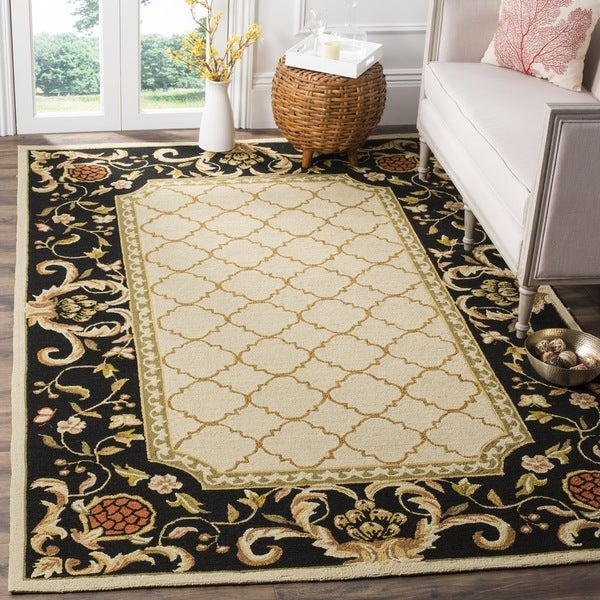 Safavieh Hand-hooked Easy to Care Ivory/ Black Rug - 9' x 12'