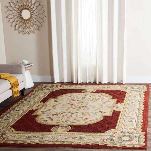 Safavieh Hand-hooked Easy to Care Ivory/ Red Rug - 8' x 10'