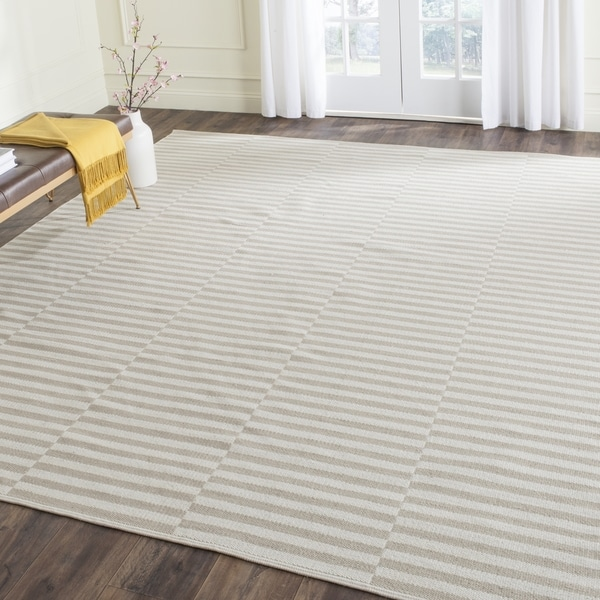 Safavieh Hand Woven Montauk Ivory Light Grey Cotton Rug
