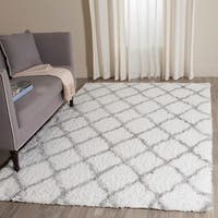 Safavieh Indie Shag Trellis Ivory/ Grey Polyester Rug - 8' x 10'