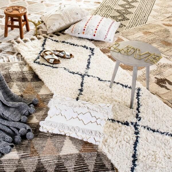 Safavieh Handmade Natura Grey/ Ivory Wool Rug - 8' x 10'