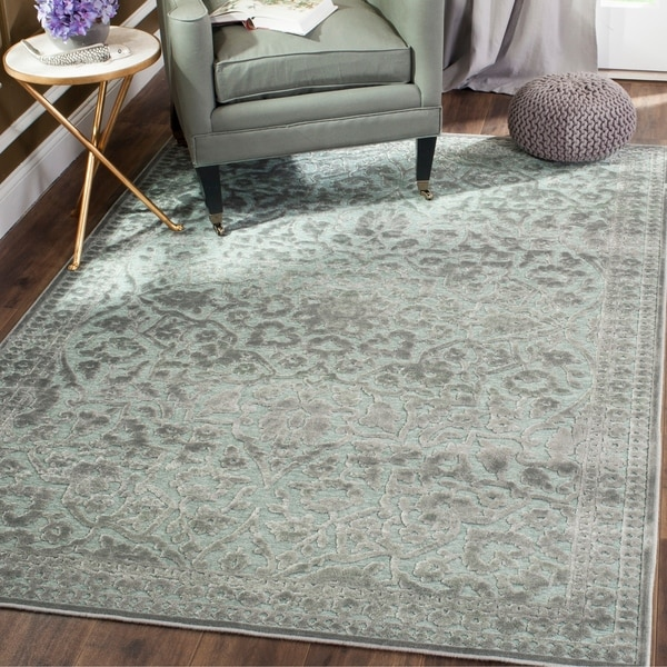Safavieh Paradise Light Grey Viscose Rug - 8' x 11'2