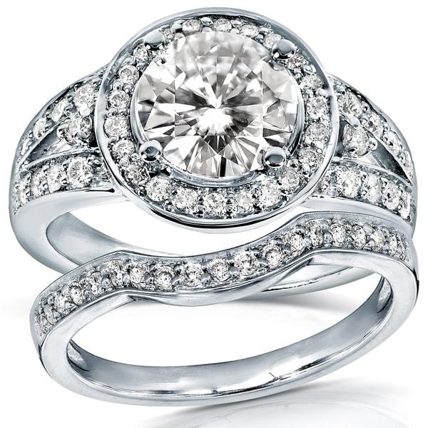 Annello by Kobelli 14k Gold 1 1/2ct TGW Round Moissanite (HI) and 1/2ct TDW Diamond Halo Bridal Ring