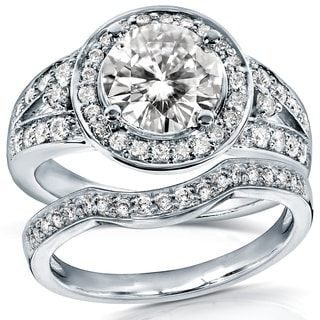 Annello by Kobelli 14k Gold 1 1/2ct TGW Round Moissanite (HI) and 1/2ct TDW Diamond Halo Bridal Ring 2-piece Set