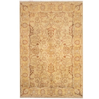 Herat Oriental Indo Hand-knotted Tribal Oushak Ivory/ Gold Wool Rug (6' x 9')
