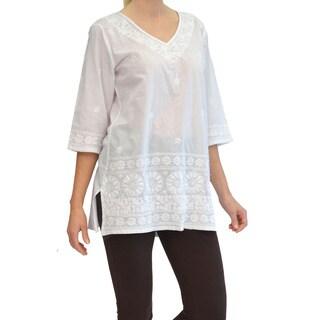 La Cera Women's White Embroidered Kurta Top