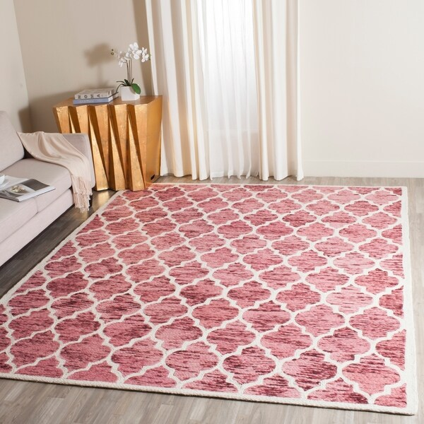 Safavieh Handmade Himalaya Red/ Ivory Geometric Wool Rug - 8' x 10'