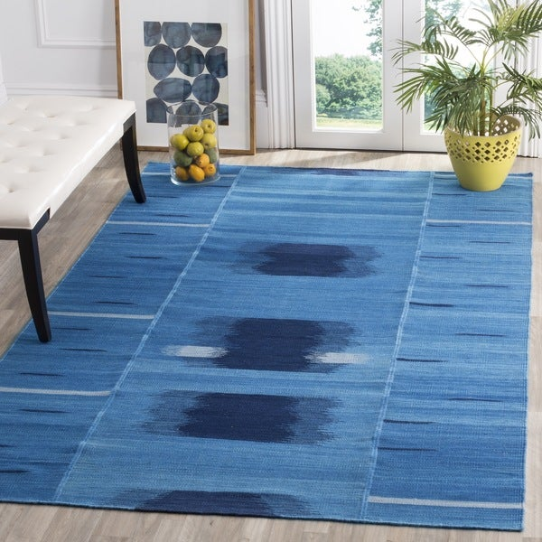 Safavieh Hand-Woven Kilim Blue/ Purple Wool Rug - 8' x 10'