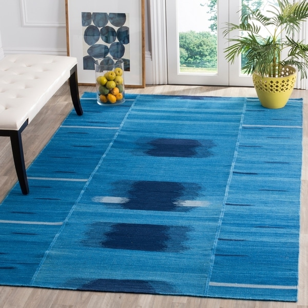 Safavieh Hand-Woven Kilim Blue/ Purple Wool Rug - 8' x 10'