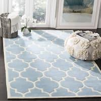 Safavieh Handmade Chatham Blue/ Ivory Wool Rug - 7'6 x 9'6